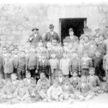 Foto grupal de los estudiantes de la escuela de Santo Tomás en 1915