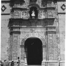 Fachada del templo de Santo Tomás