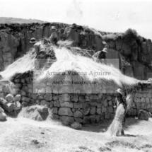 Techa de astana (vivienda precaria), Colquemarca (armiri), años 60. Foto: Arturo Villena.